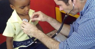 During his visit Jim also provided checkups at a school run by partner organization Edeyo
